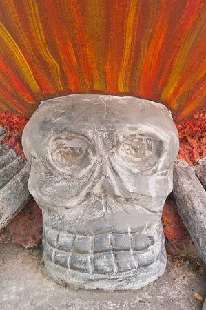 skull statue  photo