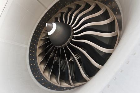 aircraft engine: Turbine blades