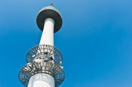 national landmark: Torre di Seoul con cielo blu, Corea del Sud