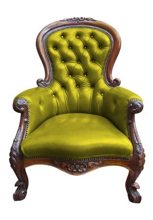 muebles antiguos: sillón de cuero de la vendimia verde en blanco con saturación camino Foto de archivo