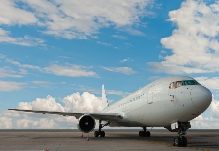 Commercial airplane with nice sky Stock Photo - 18078779