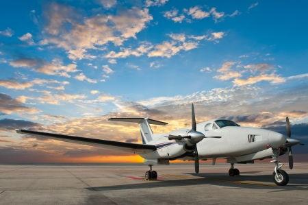 Propeller plane parking at the airport Stock Photo - 18701641