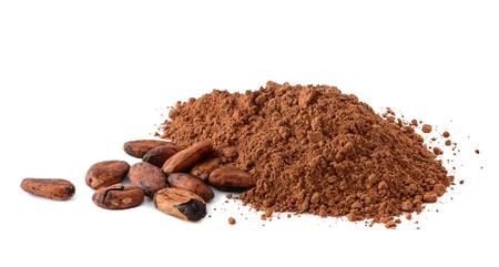 Proszek kakaowy i ziarna kakaowe na białym tle Zdjęcie Seryjne