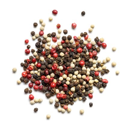 Heap of various pepper peppercorns isolated on white. Top view 版權商用圖片 - 133034521