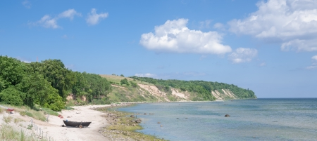 リューゲン島、ドイツのメクレンブルク = フォアポンメルン州の Goehren のビーチ 写真素材