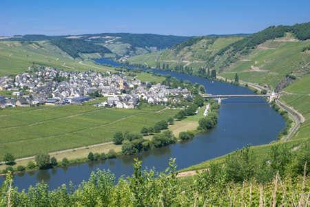 mosel: Wine Village of Trittenheim near Cochem at Mosel River, Germany Stock Photo