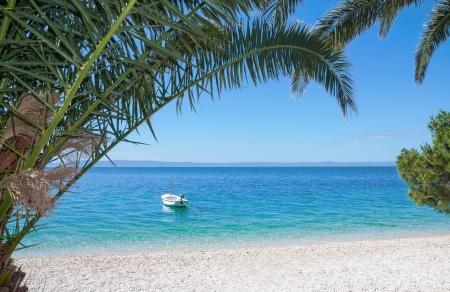 Weiß Kiesstrand, Makarska Riviera, Dalmatien, Adria, Kroatien Standard-Bild - 25481167