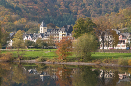 mosel: Autumn at Mosel River near Cochem in Mosel Valley,Rhineland-Palatinate,Germany