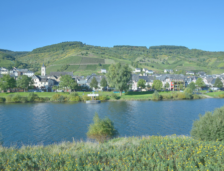 mosel: Reil, Mosel Valley, Germany Stock Photo