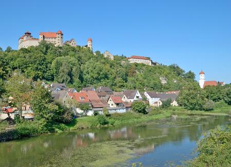 Dorf von Harburg in Schwaben an romantischen Straße, Bayern, Deutschland