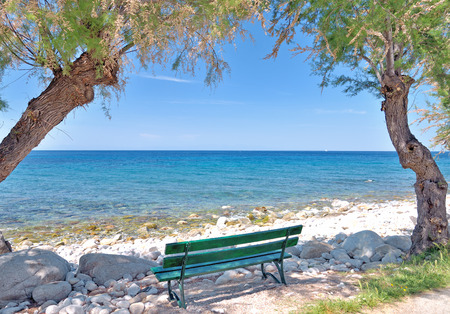 paisaje mediterraneo: idílico lugar en la playa de Pomonte la isla de Elba, Toscana, Italia Foto de archivo