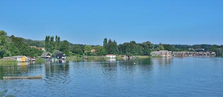 メクレンブルク湖地区、ドイツの Mirow の村