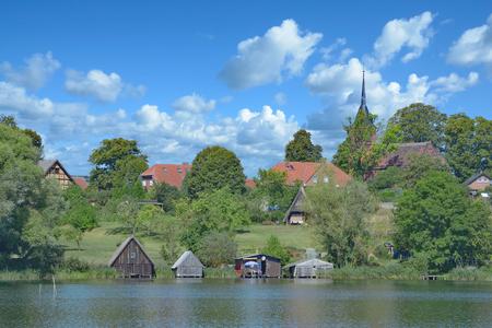 ドイツ、メクレンブルク湖水地方のウイリック・ビレッジ・オブ・ウーストロウ 写真素材