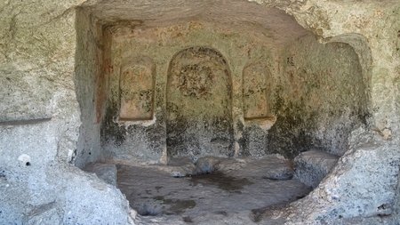 The necropolis of pantalica are burial chambers in Sortino on Sicily