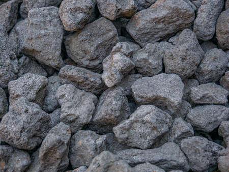 A close-up of a pile of coarse-pored hard coal