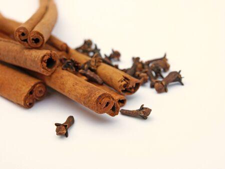 Cinnamon with cloves