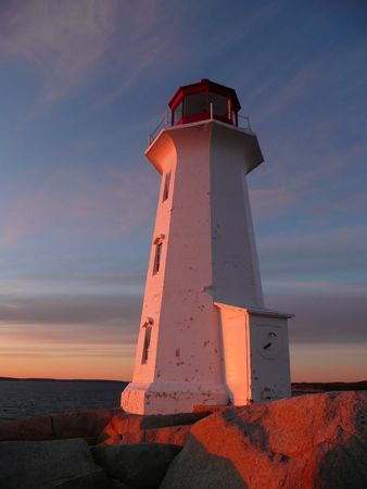 風光明媚な灯台サンセット