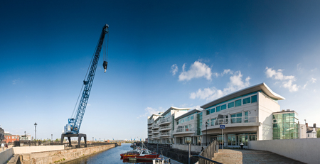 new development: New development of waterfront apartments along the popular the Cardiff Bay in Wales. Editorial
