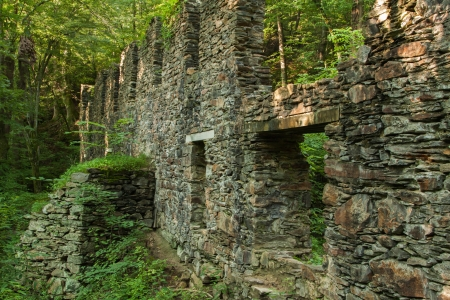 abandoned factory: factory mill ruins at sope creek Stock Photo