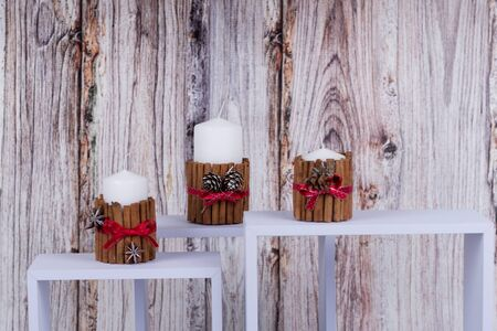 chrtitmas candle decoraton made of natural materials