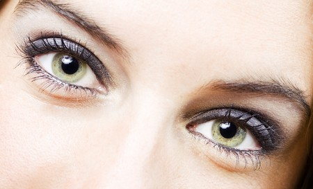 natural make up: close up of the eyes of a pretty young girl