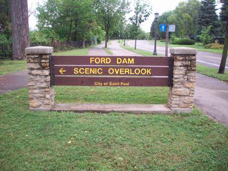 overlook: Ford Dam Scenic Overlook Sign Stock Photo