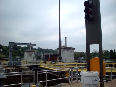 stoplights: Stoplights at Lock and Dam