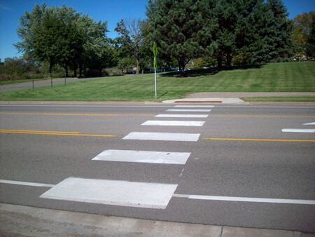 crosswalk: Cruce