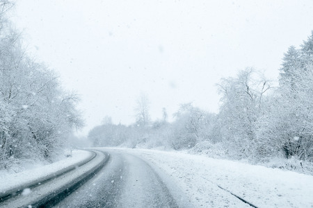 carretera: Winter Driving - Vialidad Invernal