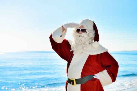 Christmas Vacation - Santa is standing on the beach and he is looking for something or somebody à ¢ â,¬ |
