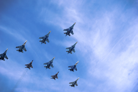 The structure of Russian military aircraft in the sky, su-27 and mig-29