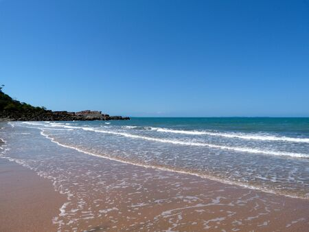 deserted: Deserted,Beach