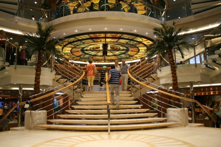 P O Oceana cruise ship interior