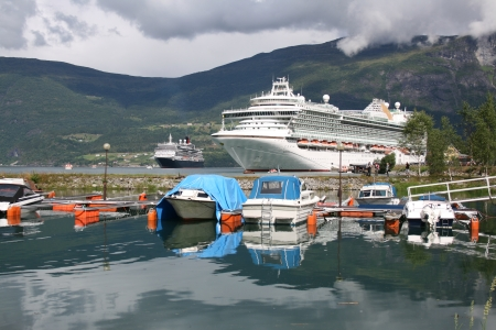olden: Queen Victoria and P O Azura cruise ships in Olden, Norway