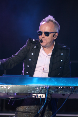 jones: Howard Jones, Here and Now Cruise 2013
