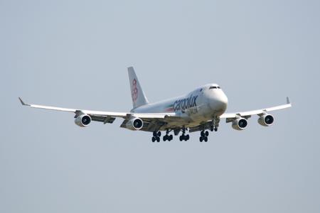 italia: Cargolux Italia, Boeing 747-4R7F, LX-TCV, landing at Stansted Airport, Essex, England
