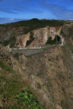 joins: La Coupee joins Little Sark to the Greater Sark in the Channel Islands
