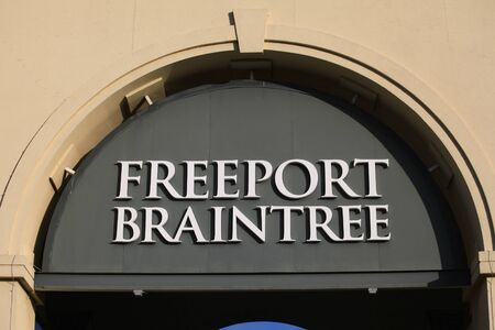 freeport: Freeport Braintree shopping outlet entrance, Braintree, Essex