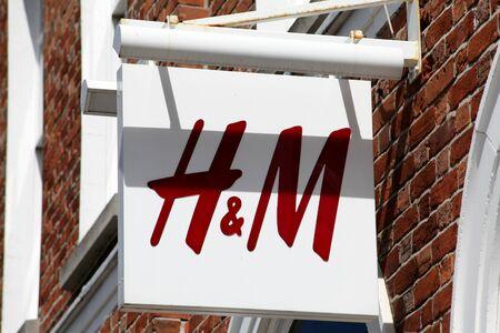 hm: H&M shop sign, Colchester, Essex