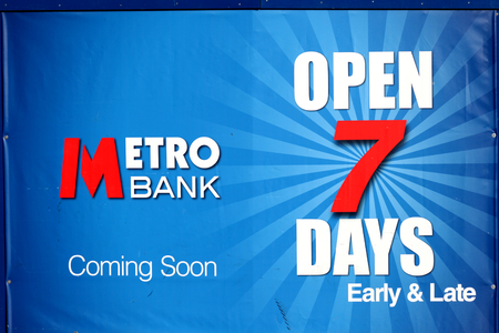 essex: Metro Bank coming soon sign, Chelmsford, Essex