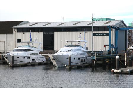 neptuno: Fairline patio de la construcción de barcos, Neptuno Marina, Ipswich, Suffolk