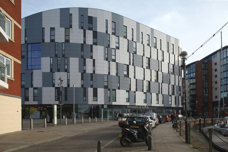 neptuno: University of Suffolk, Waterfront Building, Neptune Quay, Ipswich, Suffolk
