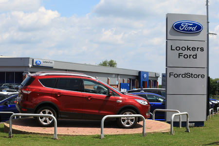 Chelmsford, Essex - 26 June 2017, Lookers Ford car dealership car and sign Editorial