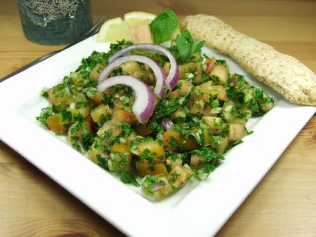 Middle-eastern wheat salad whit parsley Stock Photo - 603457