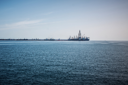 drilling platform: Repair of the oil rig in the shipyard