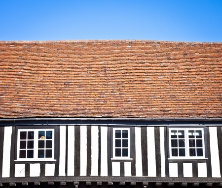 english house: Architectural details of a traditional old� english house