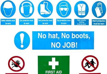 se�alizacion de seguridad: Se�ales de advertencia de salud y seguridad en una obra de construcci�n