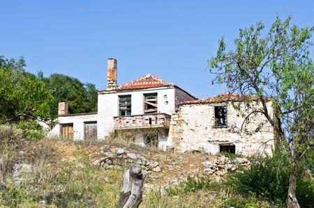 derelict: A derelict hillside house in Greece