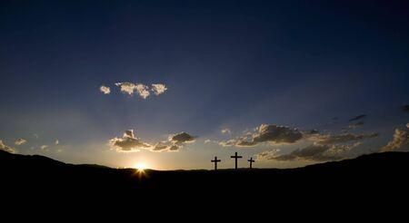Sun rising auf drei Christian �berquert. Lizenzfreie Bilder