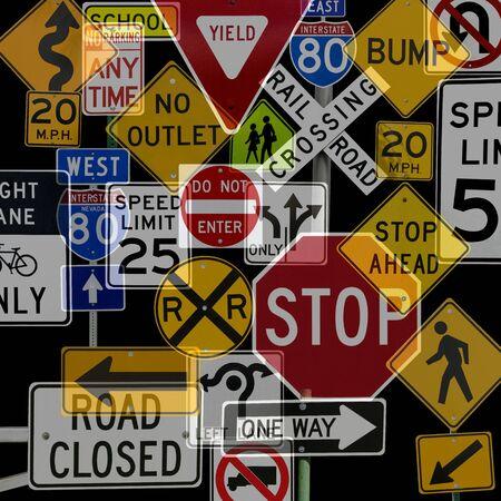Montage von zahlreichen Traffic Control Zeichen und Signale
